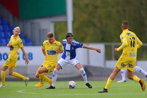 Det ble 0-0 og poengdeling for midtstopper Bjørn Inge Utvik og resten av Sarpsborg 08-laget i serieåpningen hjemme mot Haugesund søndag ettermiddag. (Foto: Thomas Andersen)