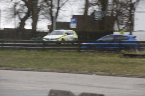 Politiet hadde tirsdag ettermiddag tatt oppstilling ved Borregaardsbakken.