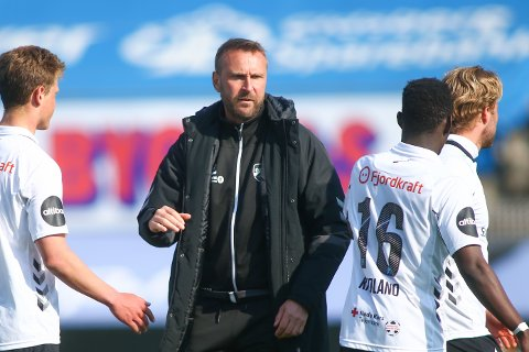 Odds trener Jan Frode Nornes under treningskampen i fotball mellom Sarpsborg 08 og Odd på Sarpsborg Stadion.