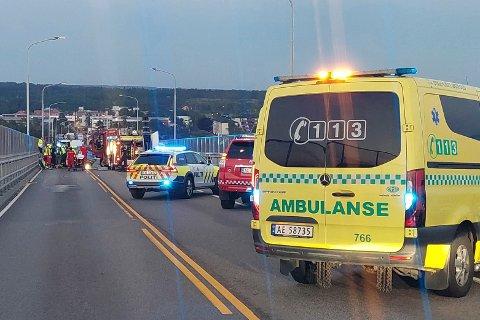 Sjåføren av personbilen betegnes som kritisk skadet etter ulykken onsdag kveld.