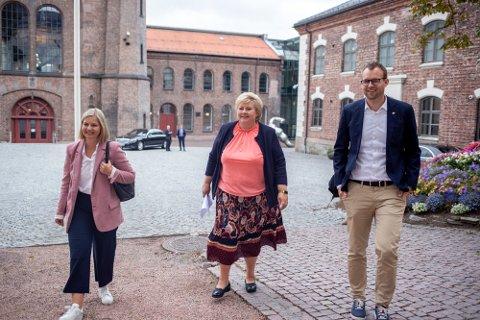 Statsminister Erna Solberg (H), Venstre-leder Guri Melby og KrF-ledet Kjell Ingolf Ropstad (KrF) var torsdag samlet til regjeringskonferanse i Oslo.