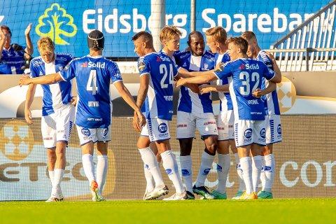 JUBEL: Sarpsborg 08-spillerne satser på mer jubel når Vålerenga kommer på besøk torsdag kveld.