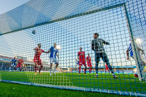 VIKTIG KAMP: Jonathan Lindseth og resten av Sarpsborg 08-laget har en viktig hjemmekamp mot Vålerenga torsdag 28. oktober.