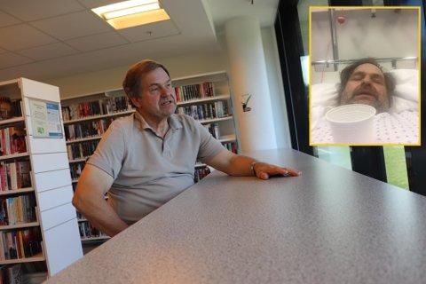 TILBAKE PÅ JOBB: Carl Høeg på jobb i Ås lokalhistoriske arkiv på biblioteket i Ås. Det lille bildet er fra da Høeg var innlagt på Kalnes sykehus i januar 2021, med alvorlige koronakomplikasjoner.