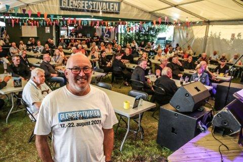 Meget fornøyd: Pål Antonsen er lettet etter at samfunnet gjenåpnet. Her er han i forbindelse med storbandjazzen under årets Glengfestival.