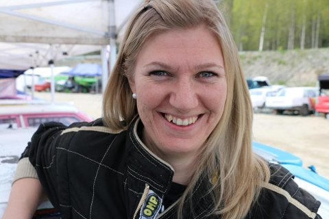 Liz Wessel er én av hovedpersonene i den nye dokumentarserien «Bånn gass».