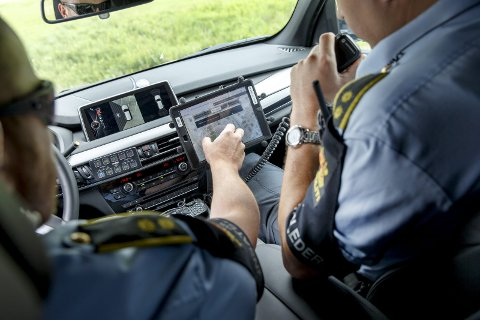 Politiet blir mindre stedsavhengige av å ha en Ipad i politibilen.