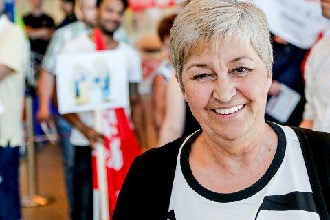 LO-leder Gerd Kristiansen er godt fornøyd med at et solid flertall av hennes medlemmer ønsker å beholde EØS-avtalen.