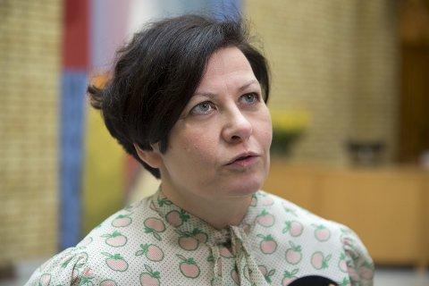 Helga Pedersen, Ap.