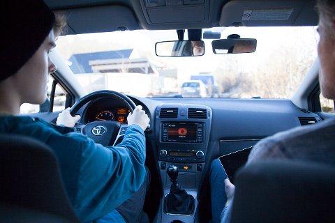 Autoriserte Trafikkskolers Landsforbund (ATL) vil at den obligatoriske opplæringen på 19 timer godkjennes som fravær i videregående skole.
