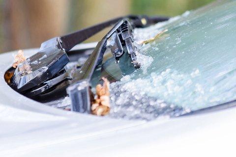 Å bytte vindusvisker-motor kan koste opp mot 10.000 kroner.