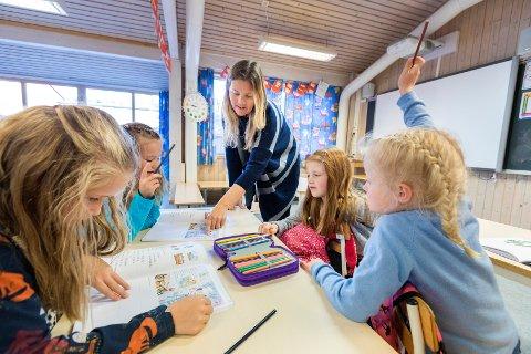 Norsk skole er langt unna behovet for lærere i årene som kommer, mener SV.