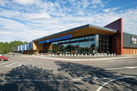 Töcksfors Shoppingcenter opplevde at handelen sank drastisk da grensene stengte.