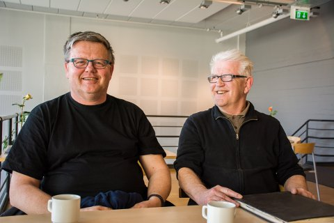 FORSETTER LITT TIL: Både Svein-Aage Løkke og Erik Riseberg fra Askimpartiet har fått tilbud fra andre partier. De er imidlertid fullt konsentrerte om det tverrpolitiske partiet til etter høstens valg.