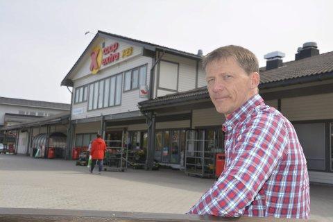 Ny eier: Erik Svarstad (50) er daglig leder i Svarstad Eiendom som har kjøpt selve Tebosenteret. Fra før eier han det såkalte Tunbybygget på den andre siden – hvor blant annet konditoriet holder til.