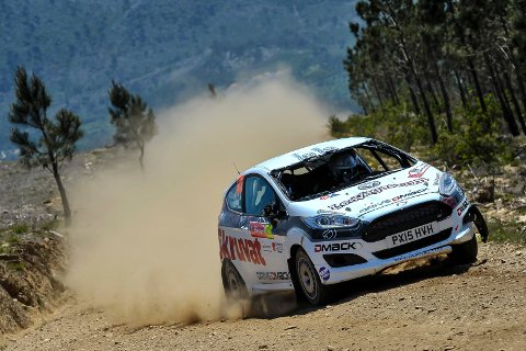 GA GASS: Oscar Solberg fikk en god debut i Rally Finland.