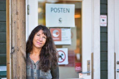 VIL HA MANGE BILDER: Kulturleder i Hobøl, Kristin Lippestad, håper fotokonkurransen kan skape blest om bibliotekene i distriktet.