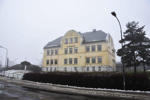Leiligheter i Gamleskolen: Ti nye leiligheter  skal bygges inne i den nesten 100 år gamle Askimbyen skole, som kommunen selv har definert som et kulturminne. Men fasaden skal beholdes.
