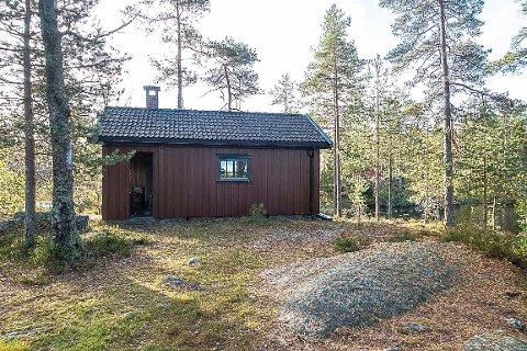 Ertevannhytta: Dette er den nye hytta til turistforeningen. Her kan du nyte stillheten ved Søndre Ertevann, lage dine egne måltider, sove godt og nyte naturen i Trømborgfjella. Foto: Fred L Larsen.