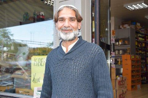 INNEHAVER: Ali Liaqat har vært eier av Iman Multi Shop siden 2004. Arkivfoto.