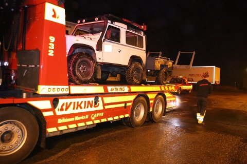 Bilen, som nå står hos politiet, ble stjålet fra Lofoten. Den ble kjørt gjennom Sverige og inn i Indre Østfold.