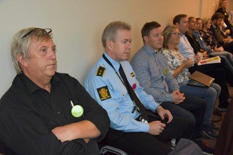 På seminar: Olav Kristiansen (t.v) fra ambulansetjenesten, Jan Erik Haugland fra Lst politidistrikt og Patrick Karlsen fra Indre Østfold politistasjon.