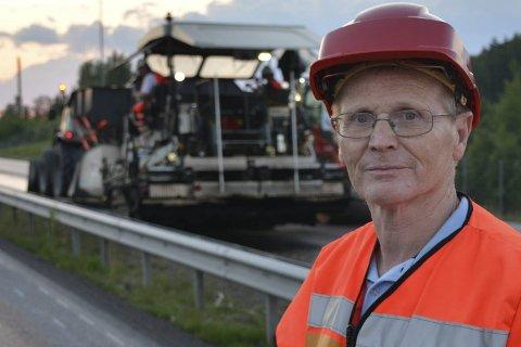 BYGGELEDER: Jan Lindahl er byggeleder og asfaltansvarlig for Statens vegvesen