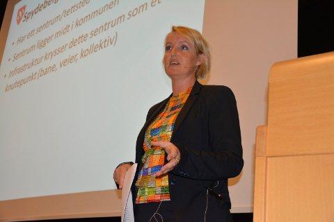 Tidligere rådmann Heidi Vildskog har redusert kravet, men det ble avslått av kommunen. 5. og 6. juni blir det rettssak.