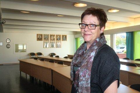 FØLGER MED: Ordfører Ellen Solbrække er klar over nettproblemene i kommunen og følger med på utviklingen.