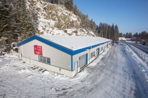 FLYTTER UT: Vema Produkter har valgt å legge ut lokalene i Hobølveien 36 for salg nå, til tross for at bedriften ikke kan flytte før den nye fabrikken står ferdig.