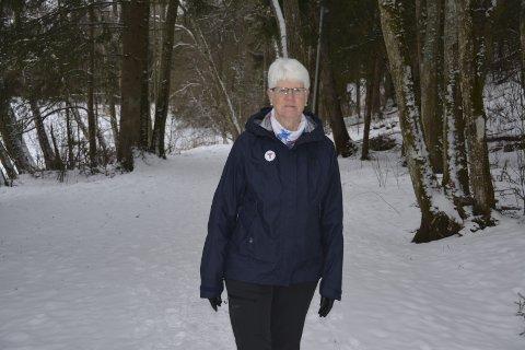 Går turer daglig: Signe Grønvik (67) fortsetter som turleder i Eidsberg selv om hun trer ut av styret. Selv går hun turer daglig. Som pensjonist har hun god tid til det. I januar meldte hun seg også inn i Melleby Sanitetsforening.