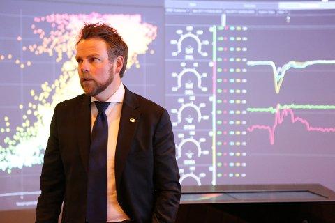 TIL RAKKESTAD: Næringsminister Torbjørn Røe Isaksen.