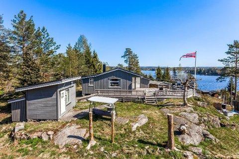 Denne hytta i Vatten Hyttefelt kan bli din for 2,2 millioner kroner.