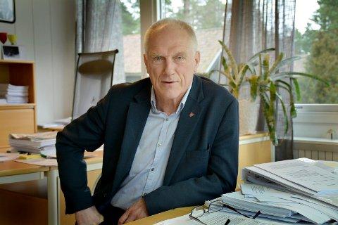 FIKK PENGER TIL GODE: Rådmann Per Egil Pedersen.