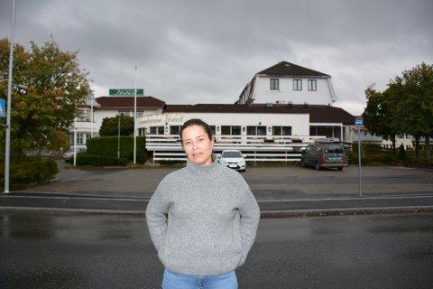 Hotellsjef Kari Botten Paulshus ved Smaalenene Hotell i Askim håper på drahjelp fra Scandic til å få flere virksomheter til å velge Indre Østfold som konferansedestinasjon.