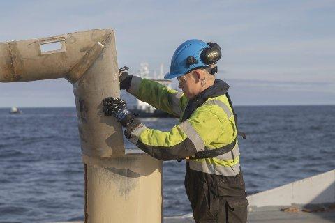 Vil jobbe på båt: Sondre har planer om å ta styrmannssertifikat og ser for seg en jobbkarriere til sjøs.