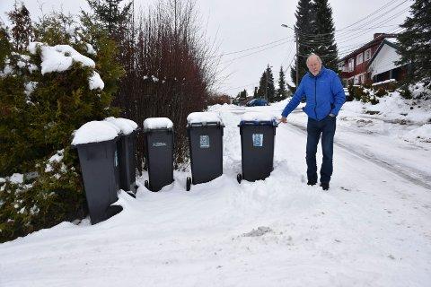 Nytt system: – Når man ser seg rundt ser det ut som IØR forsøpler hvert enkelt hus med opptil 5 store søppelkasser til hver husstand. Enda flere søppelkasser er ikke spesielt forskjønnende for området, snarerer visuell forsøpling, kommenterer Svein Mellem.