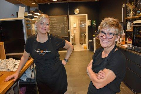 STENGES: Det er med tungt hjerte Malin Ekeberg Johansen og Hege Zezanski avslutter driften av Tuppen og Lillemors kafé.