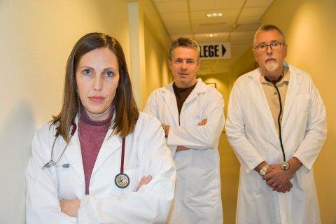 Varsler: Legene Helga Mathilde  Nylenna Kollerøs, Erlend Solberg og Jens Giltvedt (t.h) varsler at pasientene kan få et dårligere kommunalt helsetilbud.