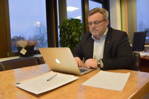 Energiaksjer: Askim-ordfører Thor Hals vil at samtlige kommuner i Østfold skal få overta aksjeposten til Østfold Energi as. – Verdiene i selskapet tilhørern Østfold, ikke den nye storregionen Viken med 1,2 millioner innbyggere, hevder han.
