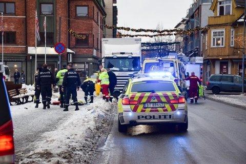 Dødsulykken skjedde fredag 21. desember. Politiet er fortsatt ikke sikre på nøyaktig hvor lastebilen traff kvinnen.