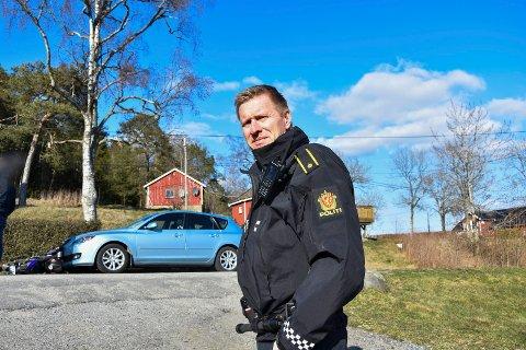 Politi: Harald Bøshaugen, skadestedsleder opplyser at den kvinnelige bilføreren ikke ble fratatt førerkortet på stedet.