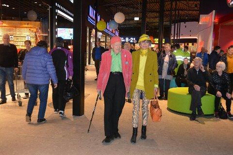 11. april åpnet Töcksfors Shoppingcenter sin nye del. Sjefen selv Olav Thon var på plass.