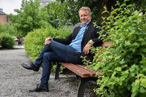 BLANT UNDERSKRIVERNE: Saxe Frøshaug (55)