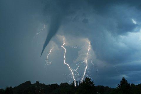I morgen kan det komme voldsomt tordenvær.