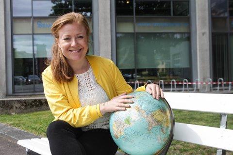 Utenrikskorrespondent: Askim-kvinnen Guri Norstrøm (39) har jobbet som Europakorrespondent i NRK de siste fire årene. Nå kommer hun tilbake til Norge.