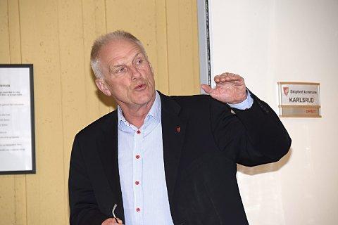 Én smittet: Rådmann Per Egil Pedersen sier kommunen har fått bekreftet ett smittetilfelle.
