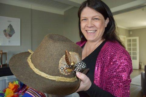 UTFORDRENDE: Kathrine Hestø Hansen er spent på hva som kommer opp av hatten.