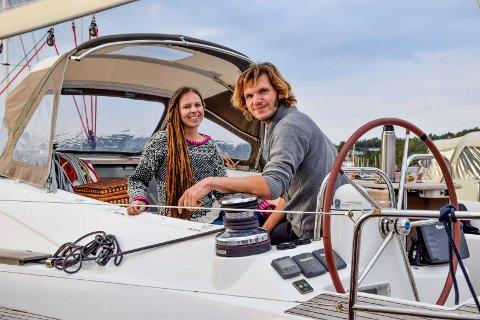 I fredelige omgivelser på Grimsøy marina i Skjeberg kunne Linn Charlotte Klund og Paul Lübbe se tilbake på et spesielt halvår. Seilekspedisjonen deres fikk et forløp de ikke hadde forutsett.