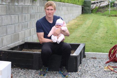 VIL HJEM: Etter denne sesongen flytter Magnus Jøndal og familien hjem til Norge. Lille Ida blir selvsagt med på flyttelasset.